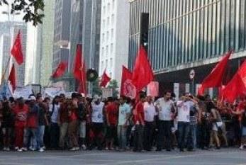 Marcha denuncia mortes e racismo na periferia de São Paulo