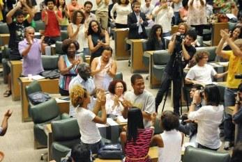 Sob protestos, Unesp confirma adoção do programa de cotas do governo de SP