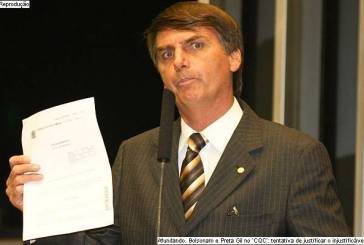 Conselho de Ética instaura processo contra Bolsonaro