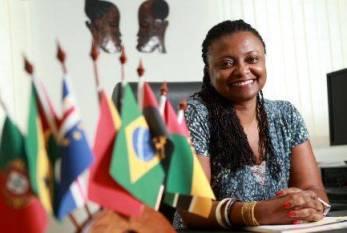 Ela é negra do Brasil