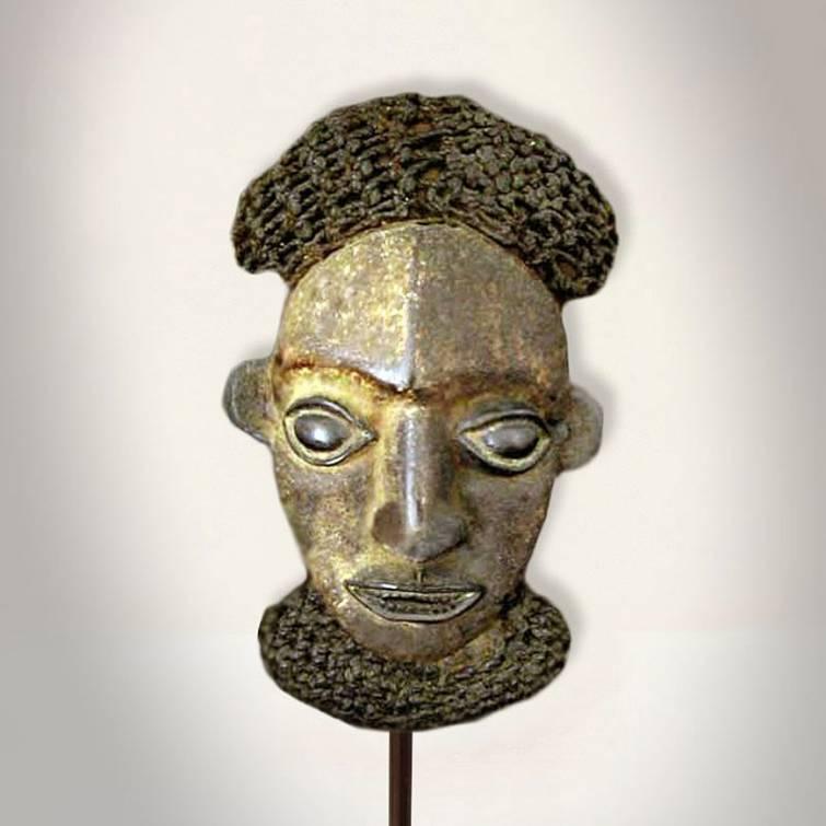 Máscara da etnia Bamoun, originária de Camarões. Foto: Reprodução