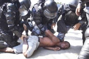 Relatório de Human Rights Watch condena violência policial e prisões desumanas no Brasil