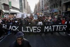 Policiais fazem papel de juiz frente a queixas por discriminação racial