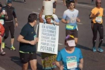 Africana choca público em maratona na França
