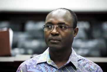"""Angola usa métodos que """"fazem lembrar o apartheid"""", diz Rafael Marques"""