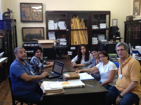 Equipe do Centro de Memória da Educação Brasileira do Iserj