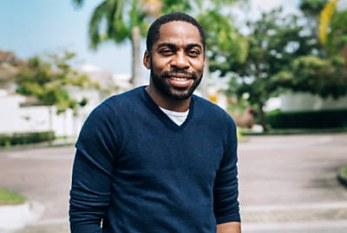 'Faltam heróis negros', diz Lázaro Ramos ao lançar seu 3º livro infantil