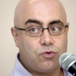 """""""Ninguém pode ficar nas mãos de um chantagista"""", diz Cláudio Couto"""
