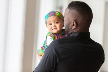 Pais negros não são diferentes de outros pais, são seres humanos, afetuosos e amorosos