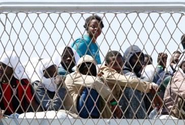 Angela Merkel sugere acordos com norte da África para enviar migrantes