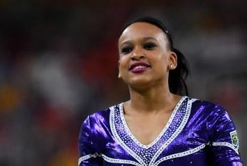 Rebeca é ovacionada, e público não aceita a nota dos juízes na final da ginástica no solo