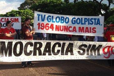 Apoio à democracia no Brasil cai para nível recorde