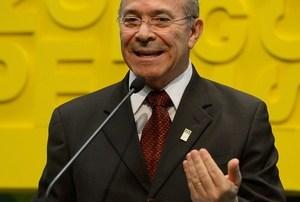 Governo fecha proposta da Previdência com idade mínima de 65 anos, diz TV Globo