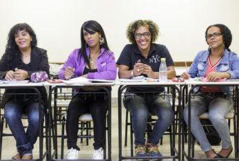 Transenem: o cursinho de BH que está colocando trans e travestis na universidade
