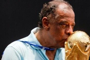 Carlos Alberto Torres, capitão do tri, morre aos 72 anos