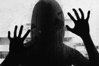 'Objeto sexual dos traficantes', mulher no RJ foi vítima de sucessivos estupros coletivos nos últimos quatro anos