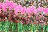 """Mangueira faz samba que serve em cheio pra crise: """"Só com a ajuda do santo"""""""