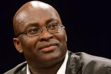 """""""Por que julgamos que a diferença seja um problema?"""" Achille Mbembe"""