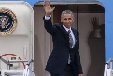"""Obama é ovacionado em discurso após posse de Donald Trump: """"Sim, nós fizemos"""""""