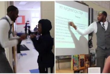 Esse professor cumprimenta cada aluno de forma elaborada e especial de acordo com suas personalidades