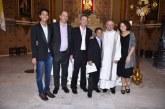 Igreja em Curitiba batiza três crianças filhos de um casal homossexual