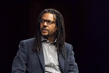 'Voltei do Brasil decidido: me tornaria um escritor', diz Colson Whitehead