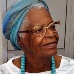 """Orientações da Mãe Stella"""", ialorixá brasileira cria app para difundir a generosidade e a tolerância religiosa"""