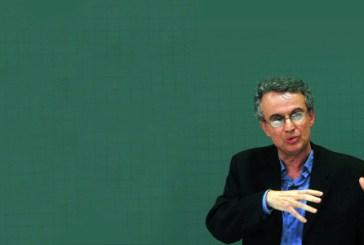Meritocracia é discurso para manter a desigualdade social e racial, diz historiador Sidney Chalhoub