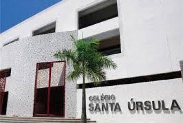 """""""Macaca azeda que eu vou meter meu gesso na cara"""" escreve aluno do Colégio Santa Úrsula em Maceió para uma aluna negra"""