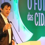 Haddad: só em 2018 saberemos se o Brasil ainda cabe no figurino da República Velha