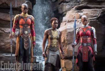"""Pantera Negra – Atriz fala sobre """"mulheres guerreiras"""" de Wakanda: """"Elas são o FBI por lá"""""""