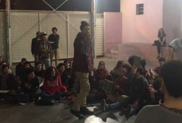 Campeonatos de poesias faladas ganham espaços nas periferias e centro de SP