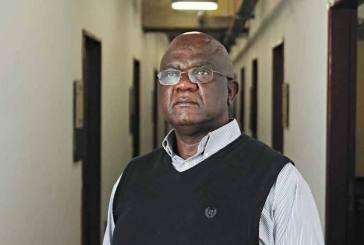 UFMG recebe escritor refugiado da República Democrática do Congo