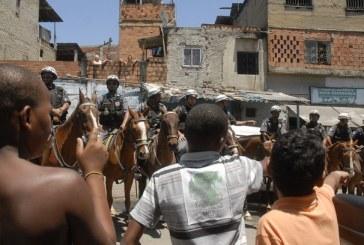 """Para ex-comandante-geral da PM do Rio, """"a vida humana não é uma prioridade no Brasil"""""""