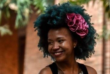 Pela primeira vez no Brasil, buscas no Google por cabelo cacheado superam as por cabelo liso