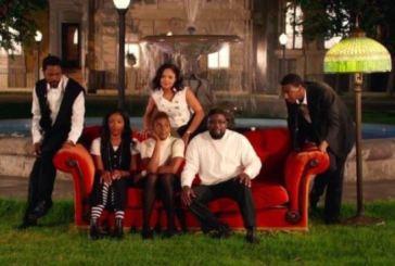 Jay Z faz paródia de 'Friends' só com atores negros em novo clipe
