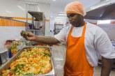 Bom Prato celebra 17 anos com 300 mil de alimentos servidos