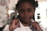 A 'neurocientista' de 7 anos que faz sucesso ensinando ciência na internet