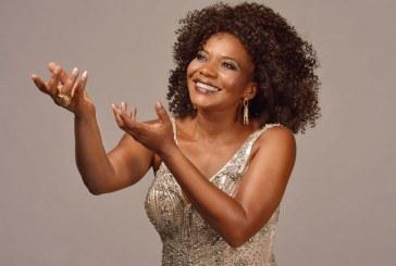 Margareth Menezes comemora 30 anos de carreira com show na Concha