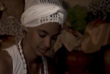 Eu, Oxum: documentário narra a experiência de filhas de santo em terreiro