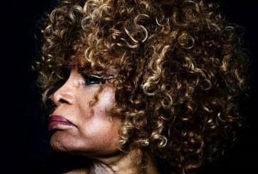Deus é Mulher: Elza Soares fala sobre seu aguardado novo disco