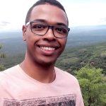O doutor mais jovem do Brasil é negro e filho de pedreiro e costureira