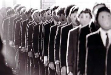 O fascismo não perdoa nem os que, por burrice, oportunismo ou covardia, o atraem