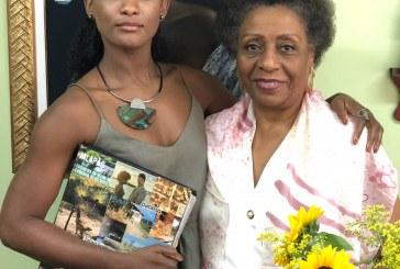 Atriz reencontra 1ª juíza negra do RJ, inspiração de sua personagem