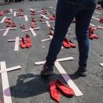 Assassinatos de mulheres aumentaram 6,4% nos últimos 10 anos; mulheres negras são as principais vítimas