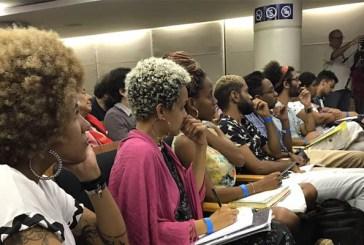 """""""Precisamos analisar o racismo em perspectiva histórica"""", afirma pesquisadora negra"""