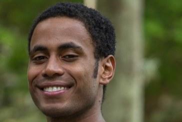 Ator Ícaro Silva é atingido por estilhaços de bala quando passava pelo Túnel Zuzu Angel