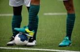 Crescem denúncias de racismo no futebol
