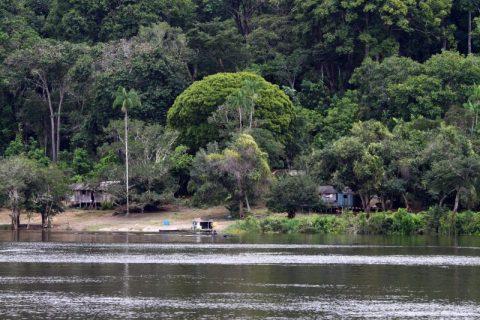 Foto do rio Trombetas