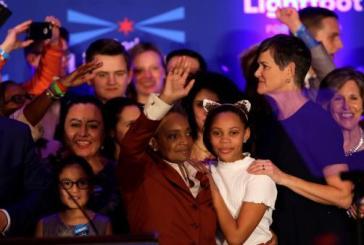 Chicago elege primeira mulher negra e homossexual para prefeita da cidade